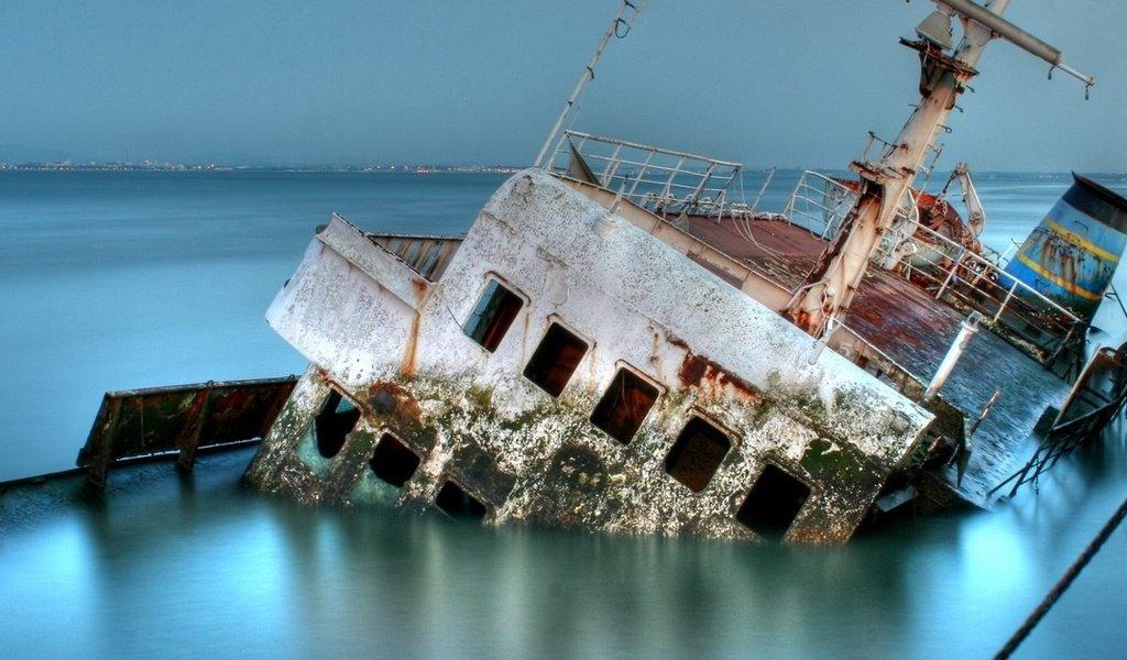 История о затонувшей барже. Работа на результат!