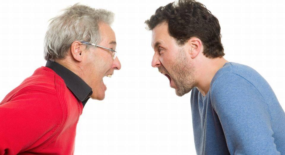 Обычное дело: родственники поссорились из-за наследства!