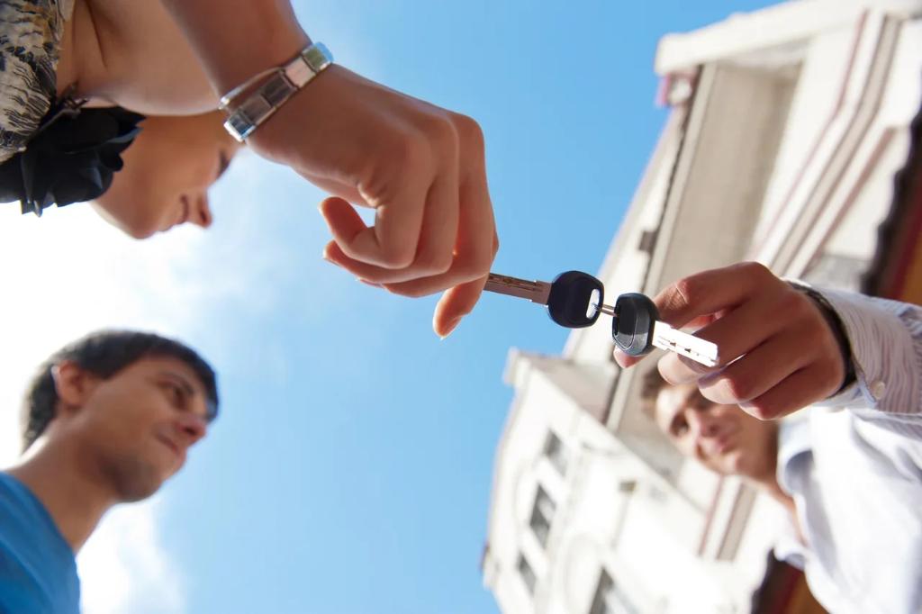 Предоставление жилого помещения вне очереди