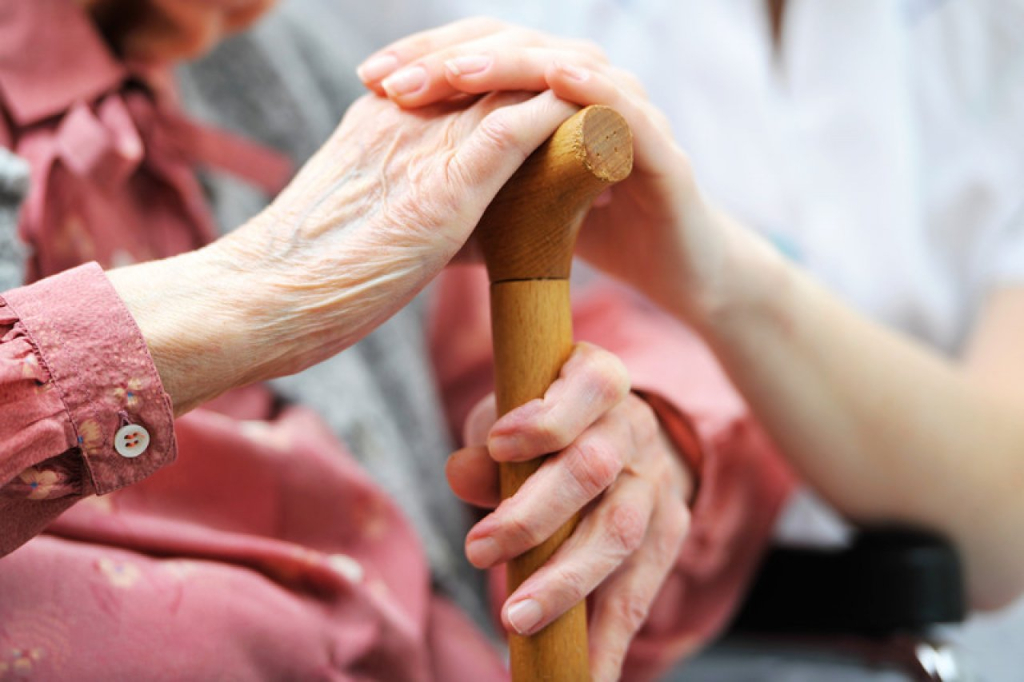 Страх перед ответственностью заставляет мошенников проявлять уважение к пенсионерам